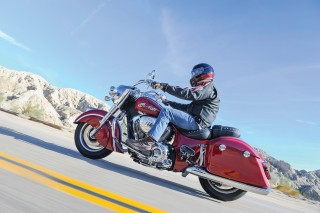 indianspringfield-accessorized-red